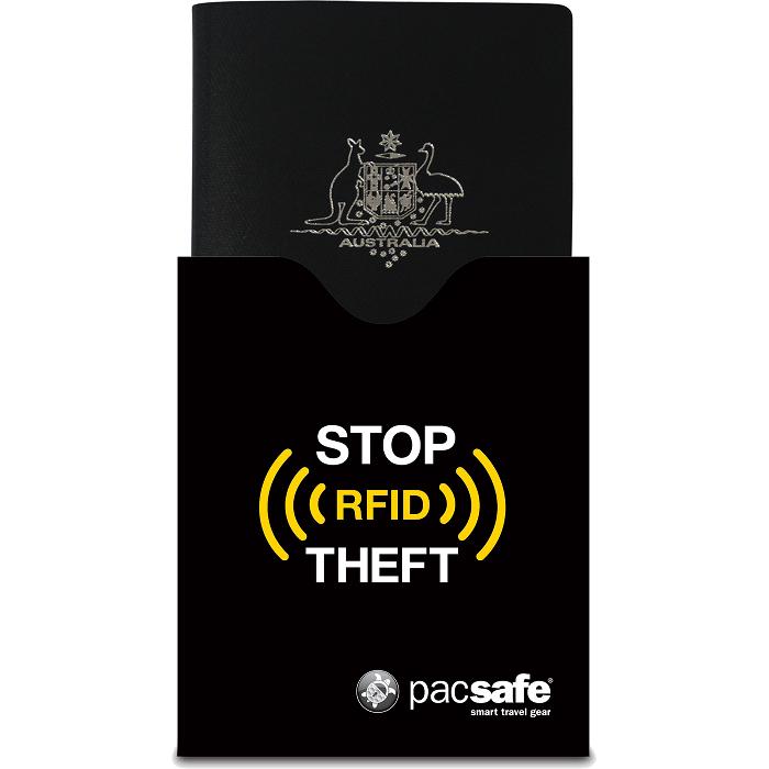 Чехол для паспорта Pacsafe RFIDsleeve 50 чёрныйКошельки и портмоне<br>Отправляясь в путешествие вы можете доверить сохранность вещей аксессуарам от Pacsafe.<br><br>Цвет: Чёрный<br>Материал: Текстиль RFIDsafe™