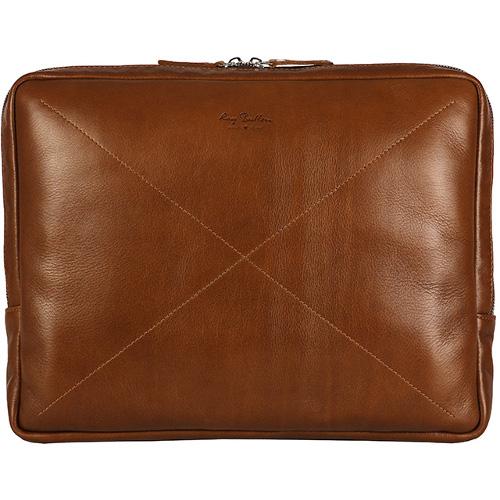 Сумка Ray Button Cambridge для MacBook 13 светло-коричневая (152C5)Сумки для ноутбуков<br>Компактная папка-сумка Cambridge для переноски ноутбука,  документов и мелких канцлерских принадлежностей.<br><br>Цвет товара: Коричневый<br>Материал: Натуральная кожа КРС, металлическая молния YKK