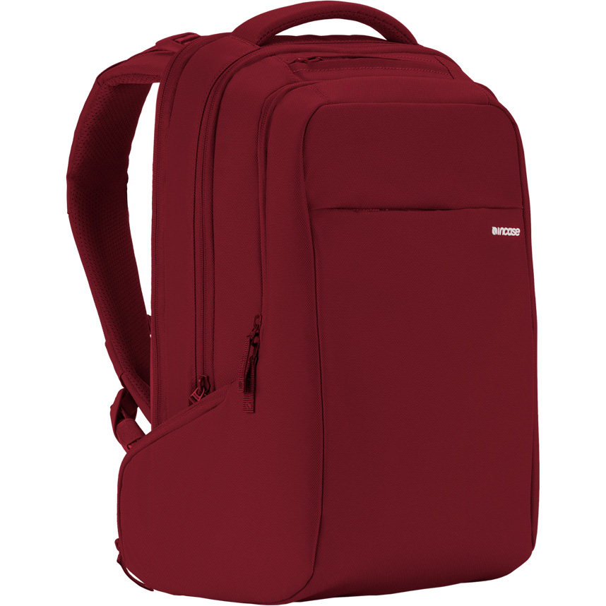 Рюкзак Incase ICON Backpack для MacBook 15 красный (CL55534)Рюкзаки<br>Прочный и компактный, рюкзак в тоже время очень вместительный!<br><br>Цвет: Красный<br>Материал: Нейлон (840 ден), текстиль
