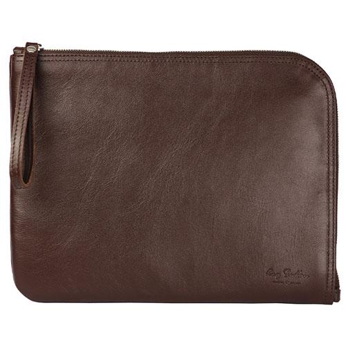 Чехол-папка Ray Button Barcelona для iPad коричневыйЧехлы для iPad Pro 9.7<br>Стильный чехол выполнен из натуральной кожи, позволит защитить Айпад от внешних повреждений.<br><br>Цвет товара: Коричневый<br>Материал: Натуральная кожа