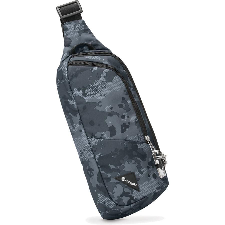 Сумка Pacsafe Vibe 150 серый камуфляжСумки и аксессуары для путешествий<br>Сумка Pacsafe Vibe 150 отлично подходит для городских прогулок и легко вмещает в себя самое необходимое.<br><br>Цвет: Серый<br>Материал: Текстиль, нержавеющая сталь, пластик
