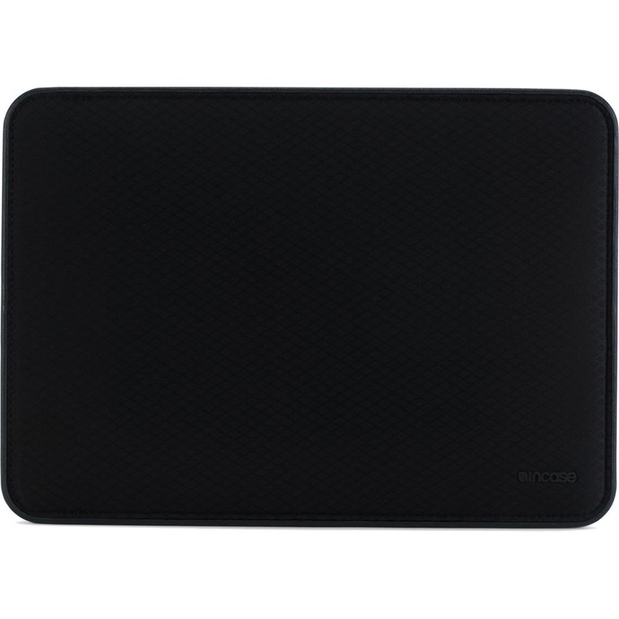 Чехол Incase Icon Sleeve with Diamond Ripstop для MacBook Pro 15 Touch Bar чёрный (INMB100286-BLK)Чехлы для MacBook Pro 15 Touch Bar<br>Чехол Incase ICON Sleeve with Diamond Ripstop создан специально для новых моделей Apple MacBook.<br><br>Цвет товара: Чёрный<br>Материал: 50% Нейлон, 50% Полиэстер, искусственный мех