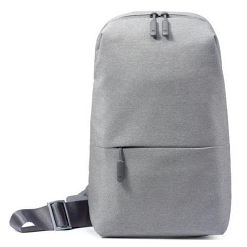 Рюкзак Xiaomi Multifunctional Chest Bag серыйСумки и аксессуары для путешествий<br>Xiaomi Multifunctional Chest Bag - стильный и удобный рюкзак для прогулок и путешествий.<br><br>Цвет товара: Серый<br>Материал: Текстиль