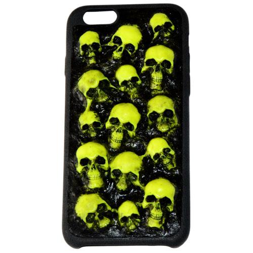 Чехол Evil Dead Жёлтые черепа для iPhone 6/6sЧехлы для iPhone 6/6s<br>Чехлы Evil Dead никого не оставят равнодушным!<br><br>Цвет товара: Жёлтый