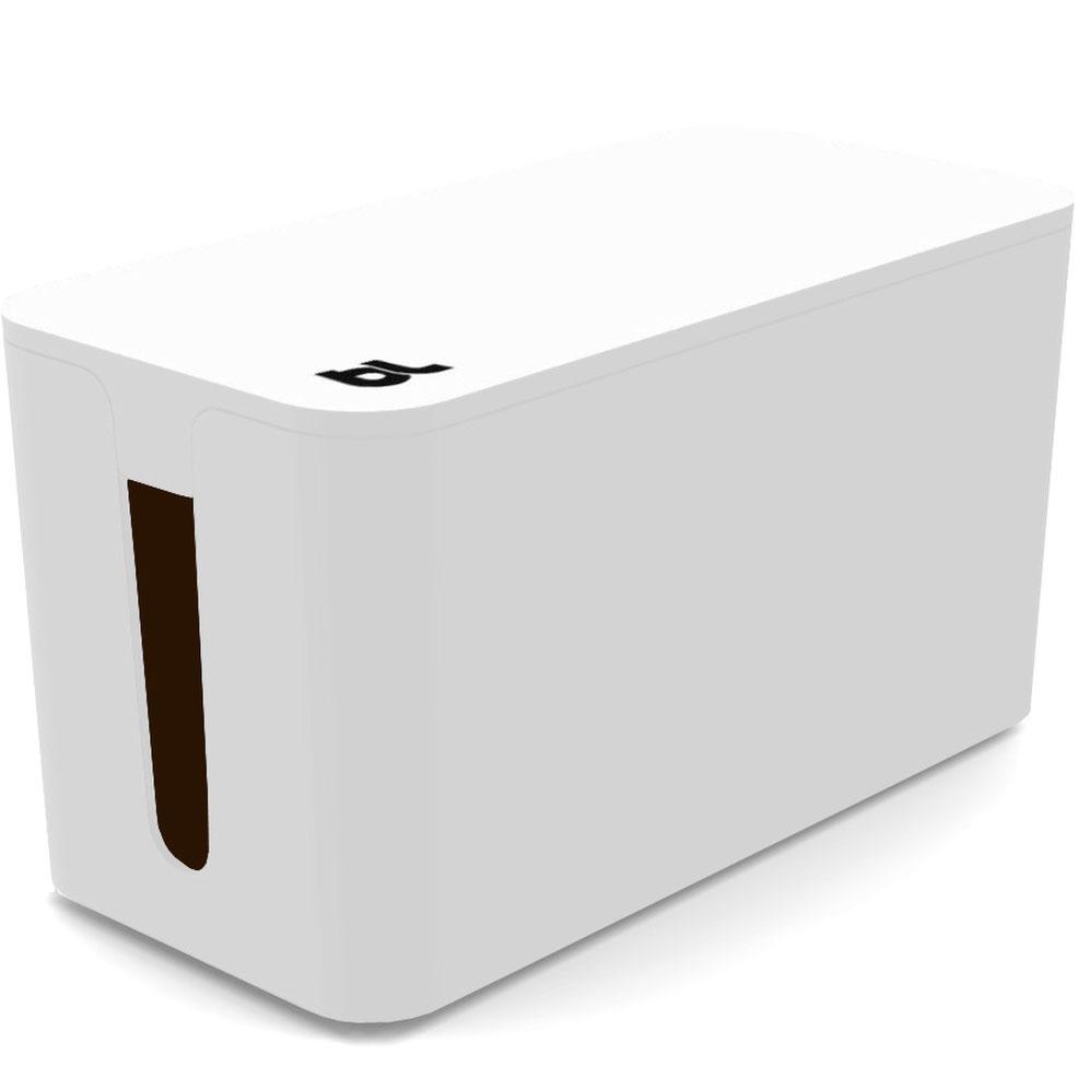 Бокс для проводов Bluelounge CableBox mini белыйОрганайзеры проводов и гаджетов<br>С Bluelounge CableBox Mini кабели теперь всегда будут храниться опрятно и без пыли.<br><br>Цвет товара: Белый<br>Материал: Огнестойкий пластик, резина