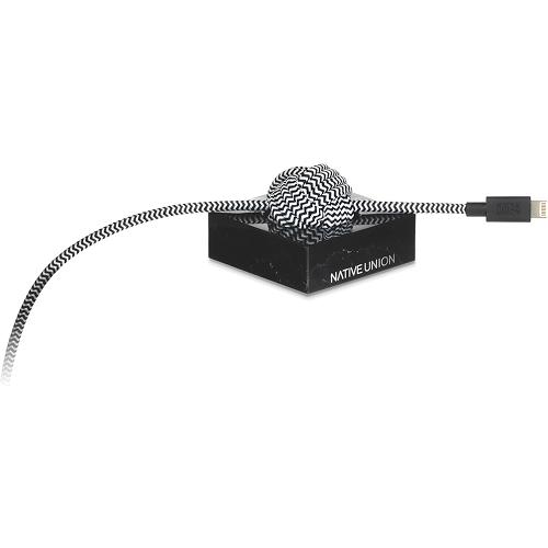 Кабель Native Union NIGHT Lightning-USB Cable Marble Edition (3 м) с чёрной мраморной подставкойКабели и переходники<br>Уникальный кабель Native Union NIGHT с роскошной мраморной подставкой.<br><br>Цвет товара: Чёрный<br>Материал: Мрамор, нейлон