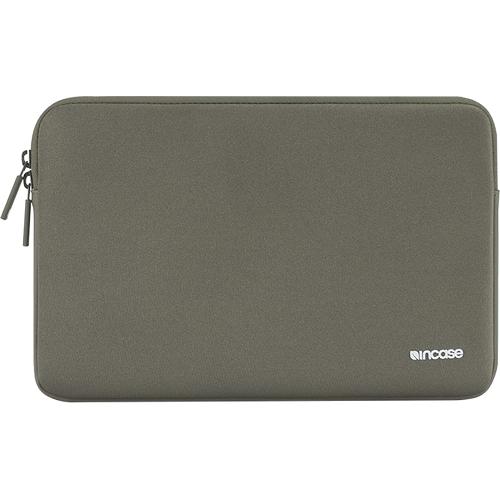 Чехол Incase Classic Sleeve для MacBook 13 зеленый антрацитЧехлы для MacBook Pro 13 Retina<br>Компания Incase знает, как сохранить в целости и сохранности Ваш MacBook! Чехлы из серии Classic Sleeve разрабатывались компанией Incase специально для ноу...<br><br>Цвет товара: Зелёный<br>Материал: Ariaprene®