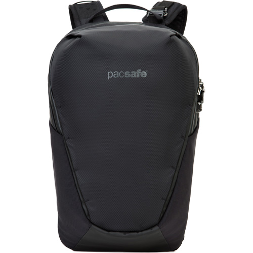 Рюкзак PacSafe Venturesafe X 18L Anti-theft Backpack чёрныйРюкзаки<br>Рюкзак PacSafe Venturesafe X, объемом 18 литров, отлично подойдет как для городских прогулок, так и для командировок, путешествий и даже походов.<br><br>Цвет: Чёрный<br>Материал: 210D нейлон Diamond Ripstop, 200D полиэстер Oxford, полиуретан (1000 мм), нержавеющая сталь