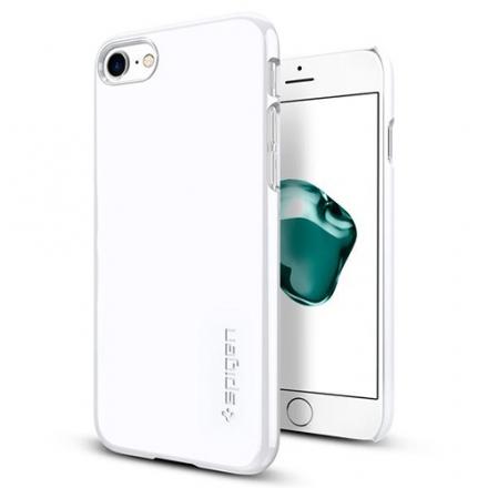 Чехол Spigen Thin Fit для iPhone 7 (Айфон 7) ультрабелый (SGP-042CS21037)Чехлы для iPhone 7<br>Ультратонкий и невероятно лёгкий, словно пёрышко, чехол Spigen Thin Fit практически не прибавит объёма и веса мощному смартфону.<br><br>Цвет товара: Белый<br>Материал: Поликарбонат