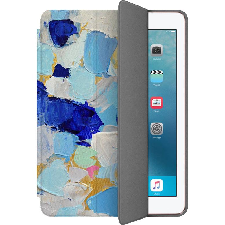 Чехол Muse Smart Case для iPad Pro (10.5) Мазки 1Чехлы для iPad Pro 10.5<br>Чехлы Muse Smart Case — это индивидуальность, насыщенность красок, оригинальные принты и надёжная защита от повреждений.<br><br>Цвет: Синий<br>Материал: Поликарбонат, полиуретановая кожа