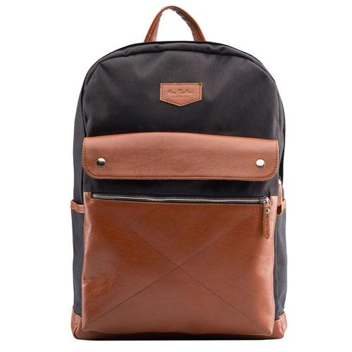 Рюкзак Ray Button Bergen для MacBook 15Рюкзаки<br>Рюкзак RAY BUTTON - Bergen Black/Taback [500C15]<br><br>Цвет товара: Коричневый<br>Материал: Натуральная кожа, нейлон