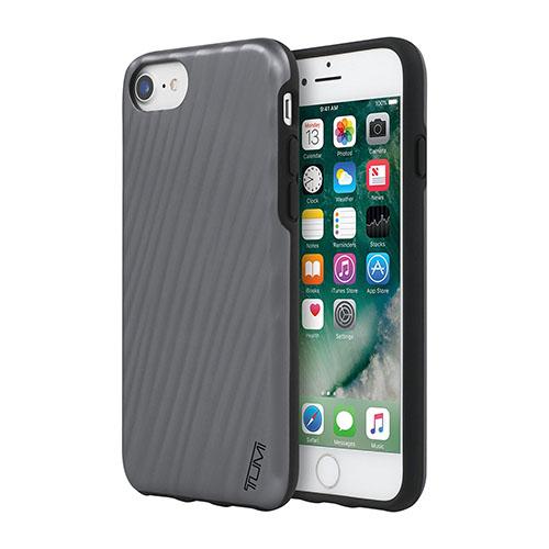 Чехол Tumi 19 Degree Case для iPhone 7 стальнойЧехлы для iPhone 7<br>Tumi 19 Degree Case для iPhone 7 - это высококачественная защитная панель.<br><br>Цвет товара: Серый