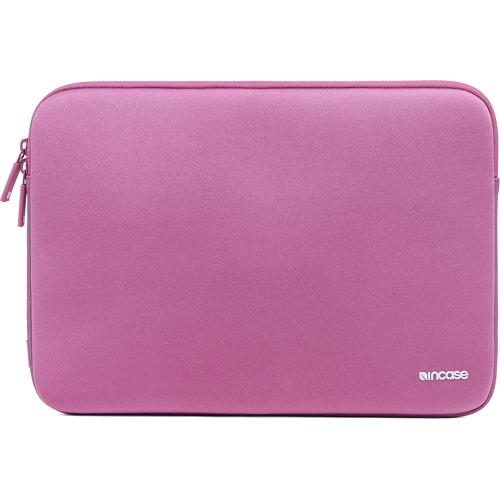Чехол Incase Neoprene Classic Sleeve для MacBook Air 11 лиловыйЧехлы для MacBook Air 11<br>Чехол Incase Neoprene Classic Sleeve для MacBook Air 11 - лиловый<br><br>Цвет товара: Розовый<br>Материал: Неопрен, флис