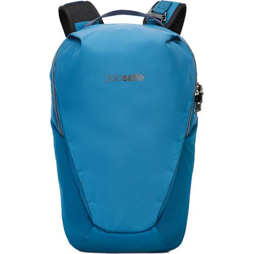 Рюкзак PacSafe Venturesafe X 18L Anti-theft Backpack голубойРюкзаки<br>Рюкзак PacSafe Venturesafe X, объемом 18 литров, отлично подойдет как для городских прогулок, так и для командировок, путешествий и даже походов.<br><br>Цвет: Голубой<br>Материал: 210D нейлон Diamond Ripstop, 200D полиэстер Oxford, полиуретан (1000 мм), нержавеющая сталь