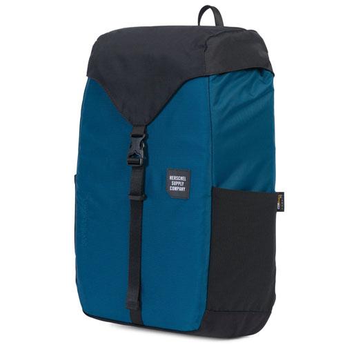 Рюкзак Herschel Barlow Backpack (medium) синий/чёрныйРюкзаки<br>Herschel Barlow Backpack отлично подойдет для прогулок по городу и за его пределами.<br><br>Цвет товара: Синий<br>Материал: Нейлон 210D Nailhead Dobby с армированной основой<br>Модификация: M