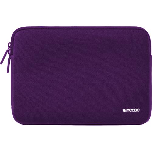Чехол Incase Classic Sleeve для MacBook 12 Retina - темно-фиолетовыйЧехлы для MacBook 12 Retina<br>чехол Ozaki О!Coat 0.3 jelly black<br><br>Цвет товара: Фиолетовый<br>Материал: Ariaprene®, флис