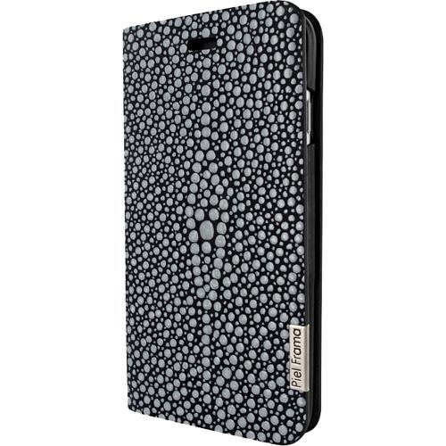 Чехол Piel Frama SlimCards для iPhone 7 (Stingray Black) морской скат чёрныйЧехлы для iPhone 7<br>Piel Frama Horizontal - чехол ручной работы, созданный опытными испанскими мастерами из натуральной кожи.<br><br>Цвет товара: Чёрный<br>Материал: Натуральная кожа, пластик, текстиль