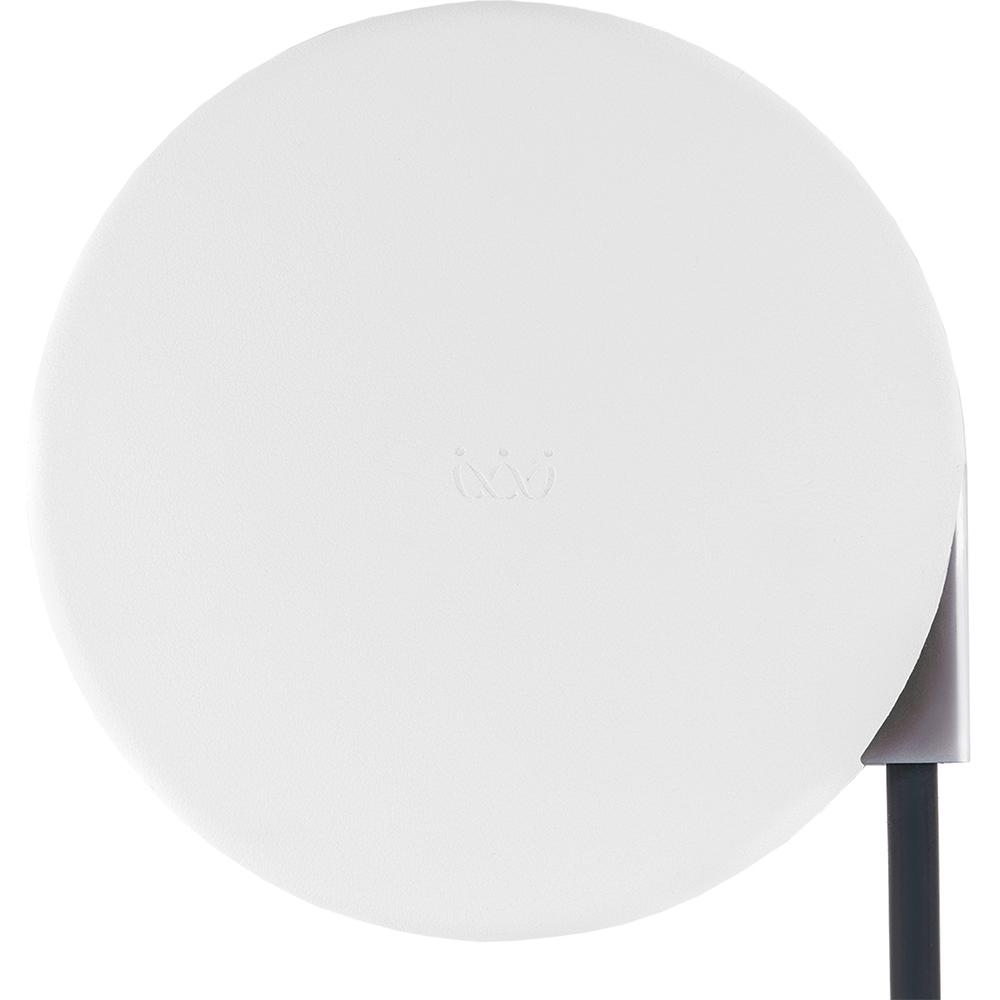 Беспроводное зарядное устройство VLP Wireless Charger 5V (QI) белое (WCHWH)Сетевые и беспроводные зарядки<br>VLP Wireless Charger поддерживает зарядку на всех 360 градусах своей поверхности.<br><br>Цвет товара: Белый<br>Материал: Пластик, эко-кожа, силикон