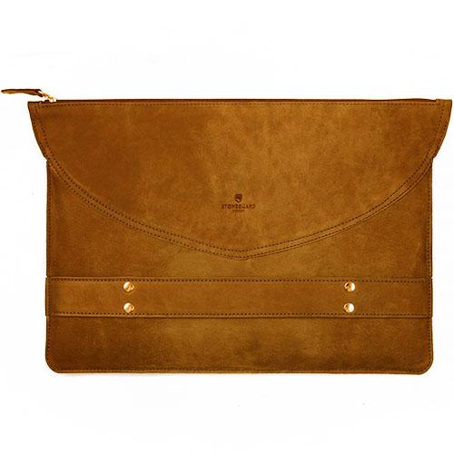 Кожаный чехол-папка Stoneguard для MacBook 13 коричневый Rust (521)Чехлы для MacBook Pro 13 Retina<br>Кожаный чехол Stoneguard Moscow для MacBook Retina 13 model: 521 - Rust<br><br>Цвет товара: Коричневый<br>Материал: Натуральная кожа, фетр