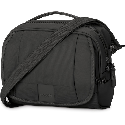 Сумка через плечо PacSafe Metrosafe LS140 чёрныйСумки и аксессуары для путешествий<br>Сумка Pacsafe Metrosafe LS140 отлично подходит для городских прогулок, и легко вместит самое необходимое.<br><br>Цвет товара: Чёрный<br>Материал: Текстиль, нержавеющая сталь, пластик
