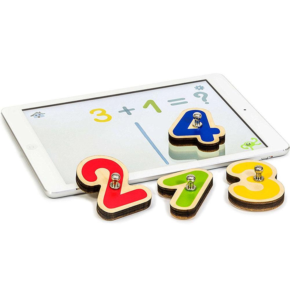 Игровой комплект Marbotic Smart Numbers для iPadРазвивающие игры для детей<br>Обучайтесь играючи вместе с Marbotic!<br><br>Цвет: Разноцветный<br>Материал: Дерево, пластик