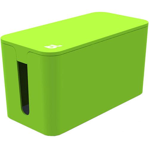 Бокс для проводов Bluelounge CableBox Mini зелёныйОрганайзеры проводов и гаджетов<br>С Bluelounge CableBox Mini кабели теперь всегда будут храниться опрятно и без пыли.<br><br>Цвет товара: Зелёный<br>Материал: Огнестойкий пластик, резина