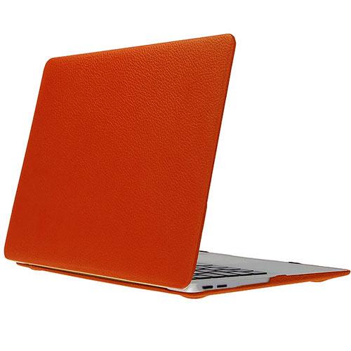 Чехол Royal De Lis для MacBook Pro 13 Touch Bar (New 2016) оранжевая кожаЧехлы для MacBook Pro 13 Touch Bar<br>Элегантный и надежный — вот как можно охарактеризовать чехол-накладку для нового MacBook от Royal De Lis.<br><br>Цвет товара: Оранжевый<br>Материал: Натуральная кожа, пластик