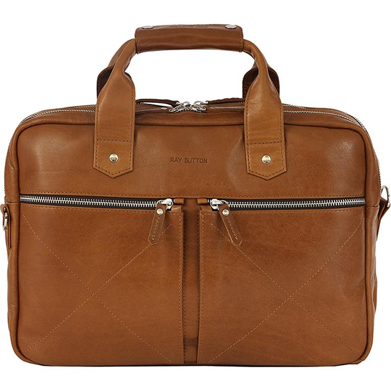 Сумка Ray Button Hannover для MacBook 15 светло-коричневая (301C5)Сумки для ноутбуков<br>Сумка Hannover станет незаменимой для современного делового мужчины.<br><br>Цвет товара: Коричневый<br>Материал: Натуральная кожа КРС, металлическая молния