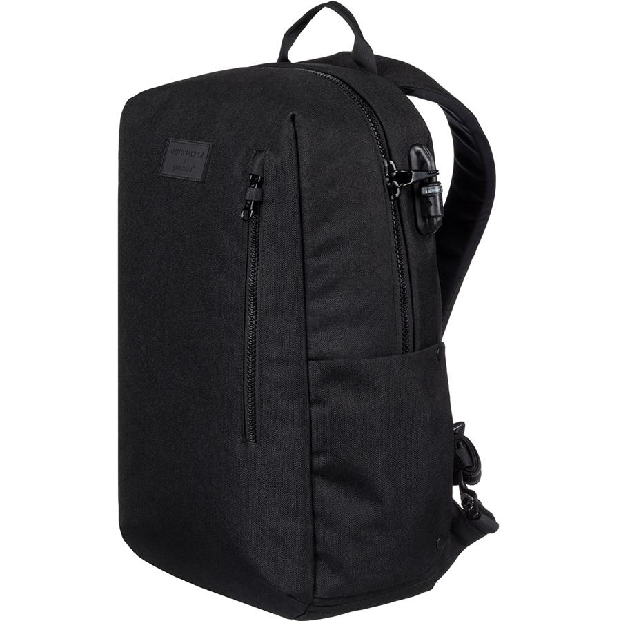 Рюкзак Pacsafe x Quiksilver Anti-Theft Backpack 25L чёрныйРюкзаки<br>Результат работы двух ведущих мировых брендов, который будет вашим надежным спутником, особенно в путешествиях!<br><br>Цвет товара: Чёрный<br>Материал: Текстиль, нержавеющая сталь, пластик