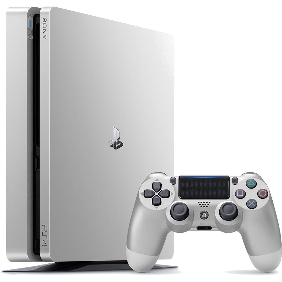 Игровая приставка Sony PlayStation 4 Slim 500 Гб серебристаяPlayStation 4 и игры<br>Самая популярная игровая консоль в мире Sony PlayStation 4 преобразилась<br><br>Цвет товара: Серебристый<br>Материал: Пластик, металл<br>Модификация: 500 Гб