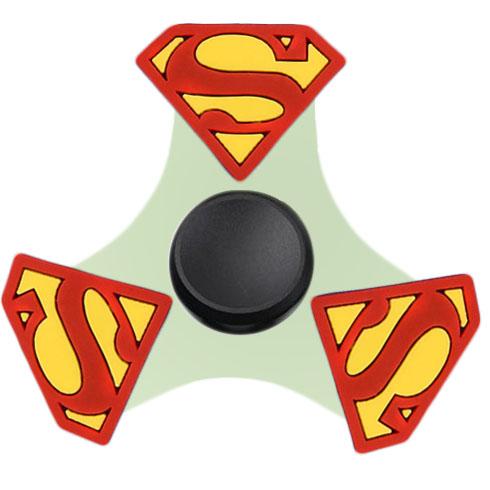 Спиннер FingerTip Comics Series Супермен SP4534Игрушки-антистресс<br>Спиннер — новая и невероятно занимательная игрушка-антистресс, которая поможет вам сосредоточиться и успокоить нервы.<br><br>Цвет товара: Разноцветный<br>Материал: Пластик, силикон
