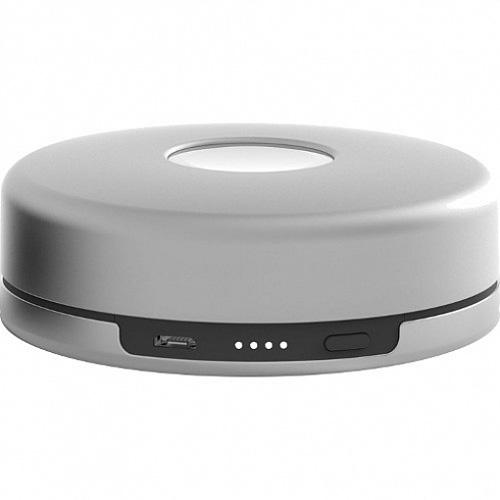 Док-станция Nomad Pod с аккумулятором для Apple Watch серебристаяДокстанции Apple Watch<br>Портативная станция-аккумулятор для часов Apple Watch оснащена батареей в 1800 мАч и предназначена для того, чтобы держать Apple Watch заряженными на п...<br><br>Цвет: Серебристый<br>Материал: Поликарбонат, алюминий