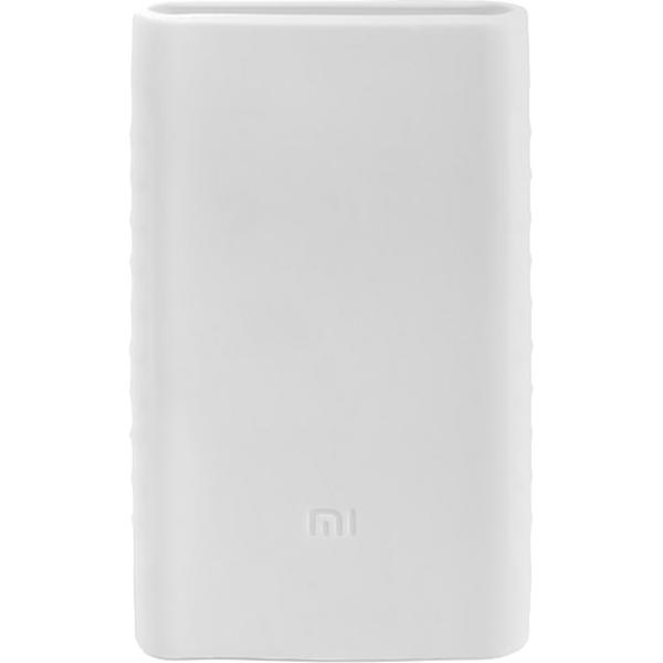 Силиконовый чехол Xiaomi Silicone Protector Sleeve для аккумулятора Mi Power Bank 2 (10000 мАч) белыйВнешние аккумуляторы<br>Силиконовый чехол Xiaomi Silicone Protector Sleeve — защита и украшение для вашего аккумулятора Mi Power Bank 2 (10000 мАч).<br><br>Цвет товара: Белый<br>Материал: Силикон