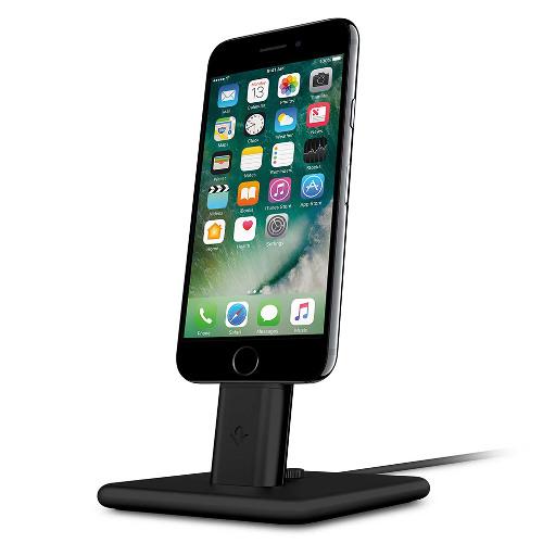 Док-станция TwelveSouth HiRise 2 Deluxe для iPhone и iPad чёрнаяДокстанции/подставки<br>Док-станция TwelveSouth HiRise 2 Deluxe представляет из себя красивую металлическую подставку для зарядки iPhone или iPad.<br><br>Цвет товара: Чёрный<br>Материал: Сталь