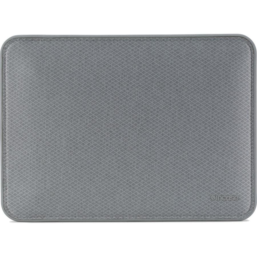 Чехол Incase Icon Sleeve with Diamond Ripstop для MacBook Pro 13 с и без Touch Bar (USB-C) серый Cool Gray (INMB100265-CGY)MacBook Pro 13<br>Чехол Incase ICON Sleeve with Diamond Ripstop создан специально для новых моделей Apple MacBook.<br><br>Цвет: Серый<br>Материал: 50% Нейлон, 50% Полиэстер, искусственный мех