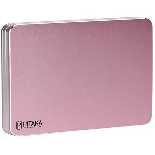 Магнитный кошелёк Pitaka MagWallet Aluminum розовыйКошельки и портмоне<br>Уникальный магнитный кошелёк из анодированного алюминия, который подойдет для всех случаев повседневной жизни!<br><br>Цвет: Розовый<br>Материал: Алюминий