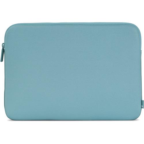 Чехол Incase Neoprene Classic Sleeve для MacBook 13 (INMB10072-AQF) бирюзовыйЧехлы для MacBook Air 13<br>Чехол Incase Classic Sleeve защитит MacBook от царапин, пыли, влаги, а в случае падения убережет от ремонта.<br><br>Цвет товара: Бирюзовый<br>Материал: Ariaprene®