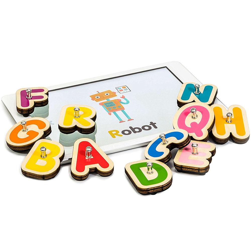 Игровой комплект Marbotic Smart Letters для iPadРазвивающие игры для детей<br>Обучайтесь играючи вместе с Marbotic!<br><br>Цвет товара: Разноцветный<br>Материал: Дерево, пластик