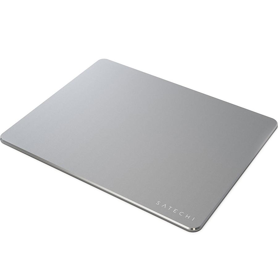 Коврик для мыши Satechi Aluminum Mouse Pad серый космос (ST-AMPADM)Коврики для мышей<br>Почувствуйте новый уровень комфорта вместе с Satechi Aluminum Mouse Pad!<br><br>Цвет: Серый космос<br>Материал: Алюминий