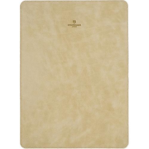 Кожаный чехол Stoneguard для MacBook Pro 13 Touch Bar бежевый (511)Чехлы для MacBook Pro 13 Touch Bar<br>Кожаный чехол Stoneguard Moscow для MacBook Pro 13 NEW 2016  model: 511 - Biege<br><br>Цвет товара: Бежевый<br>Материал: Натуральная кожа, фетр