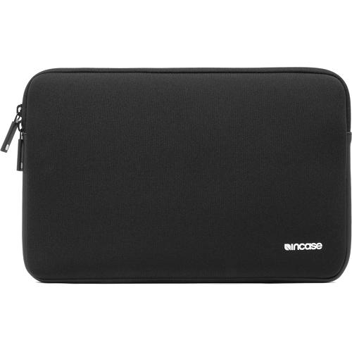 Чехол Incase Neoprene Classic Sleeve для MacBook 12 Retina чёрныйЧехлы для MacBook 12 Retina<br>Компания Incase знает, как сохранить в целости и сохранности Ваш MacBook! Чехлы из серии Neoprene Classic Sleeve разрабатывались компанией Incase специально для ноутбуков от Apple, а потому они идеально подходят ему по размерам, плотно облегая со всех сто...<br><br>Цвет товара: Чёрный<br>Материал: Неопрен, флис