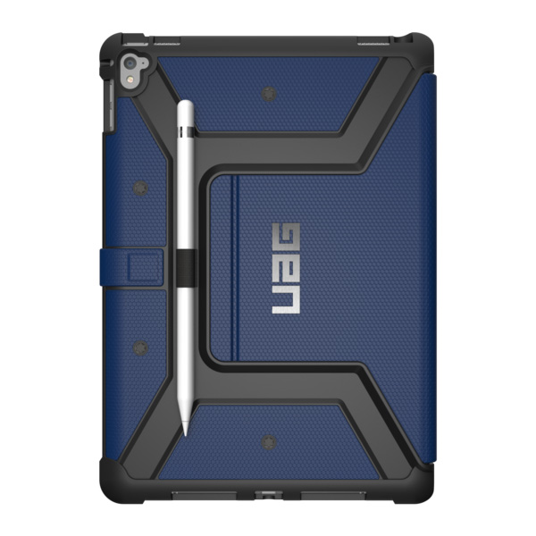 Чехол UAG Metropolis Case для iPad Pro 9.7 синийЧехлы для iPad Pro 9.7<br>UAG Metropolis Case обладает отличной надежностью и долговечностью!<br><br>Цвет товара: Синий<br>Материал: Композитный пластик, силикон