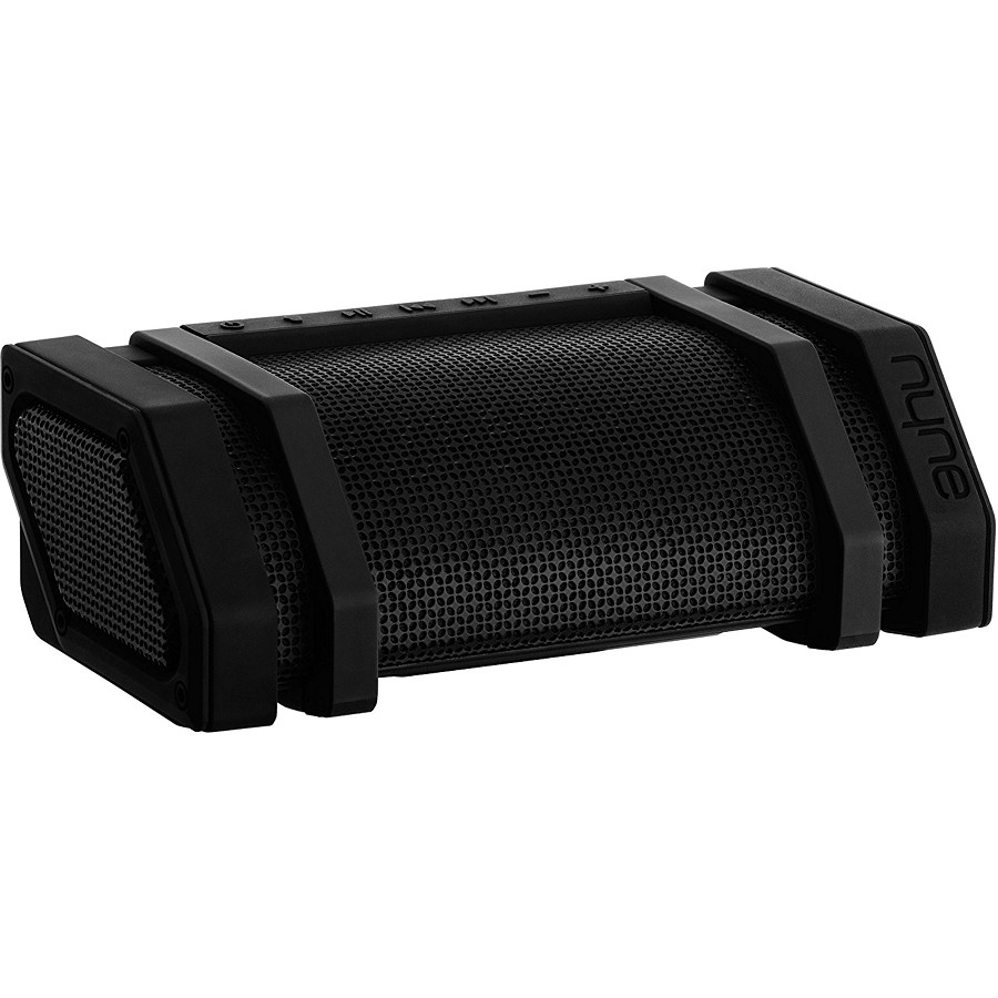 Акустическая система NYNE Edge чёрнаяКолонки и акустика<br>Акустическая система NYNE предназначена для тех, кто предпочитает быть постоянно в движении.<br><br>Цвет товара: Чёрный<br>Материал: Пластик, силикон, металл