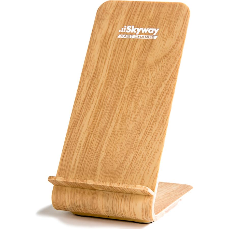 Беспроводное зарядное устройство Skyway Energy Fast светлое деревоСетевые зарядки<br>Skyway Energy Fast позволяет зарядить смартфон в 2 раза быстрее, нежели от обычной сетевой зарядки.<br><br>Цвет товара: Бежевый<br>Материал: Пластик