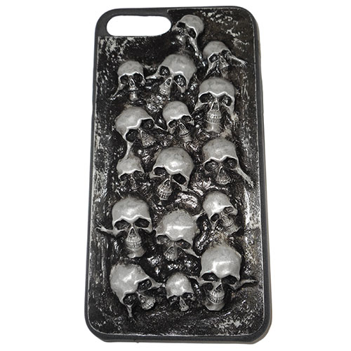 Чехол Evil Dead Серые черепа для iPhone 7 PlusЧехлы для iPhone 7 Plus<br>Чехлы Evil Dead никого не оставят равнодушным!<br><br>Цвет товара: Разноцветный