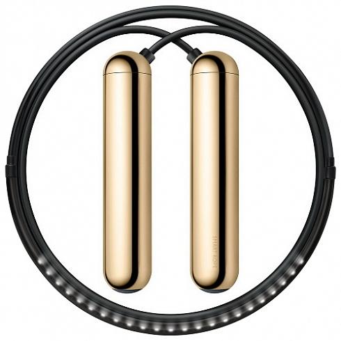 Умная скакалка Smart Rope (размер L) золотистаяАксессуары для тренировок и фитнеса<br>Умная скакалка Smart Rope - это инновационное устройство, позволяющее вам по новому взглянуть на ваши тренировки прыжков.<br><br>Цвет товара: Золотой<br>Материал: Металл, пластик<br>Модификация: L