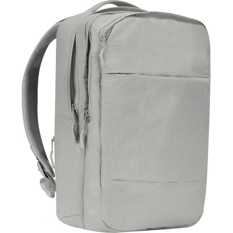 Рюкзак Incase City Backpack with Diamond Ripstop для MacBook 17 серый Cool Gray (INCO100315-CGY)Рюкзаки<br>Этот рюкзак станет надежным и практичным спутником в ваших ежедневных путешествиях, как далеко вы бы ни отправились.<br><br>Цвет товара: Серый<br>Материал: 100% полиэстер