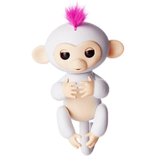 Интерактивная обезьянка Fingerlings Finger Monkey СОФИЯ белаяЖивотные<br>Познакомьтесь с семейством дружелюбных обезьянок Fingerlings.<br><br>Цвет товара: Белый<br>Материал: Пластик, искусственный ворс, металл (все материалы безопасны для детей)