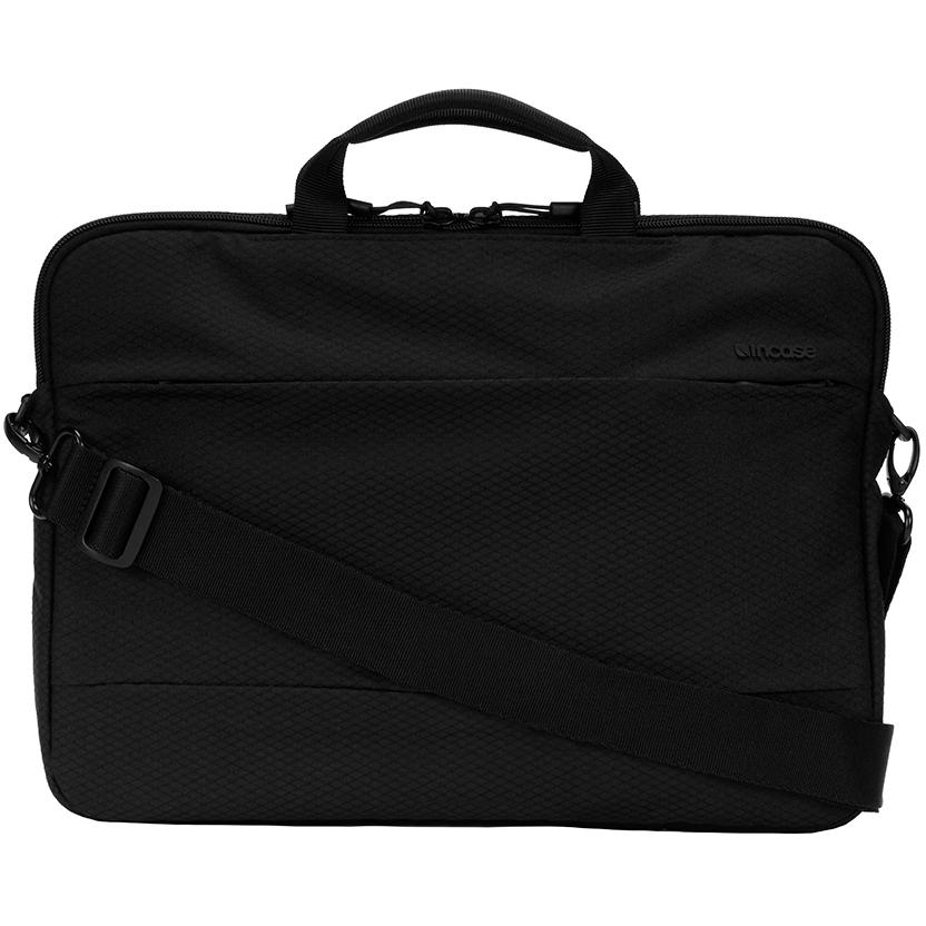 Сумка Incase City Brief для MacBook 13 with Diamond Ripstop чёрная (INC0100363-BLK)Сумки для ноутбуков<br>Эта лёгкая, стильная и вместительная сумка позволит вам захватить с собой не только ваш MacBook и iPad, но и множество полезных аксессуаров.<br><br>Цвет: Чёрный<br>Материал: 81% нейлон, 19% полиэстер