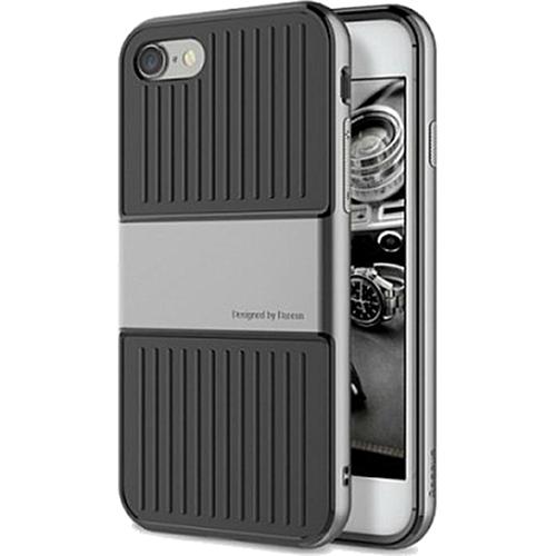 Чехол Baseus Travel Case для iPhone 7 графитовыйЧехлы для iPhone 7<br>Чехол Baseus Travel Case — это два слоя превосходной защиты и стиля для вашего iPhone.<br><br>Цвет товара: Серый<br>Материал: Поликарбонат, термопластичный полиуретан